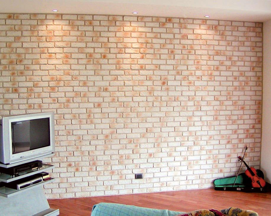Mattoni in pietra per rivestimenti interni ed esterni for Rivestimento in mattoni per case