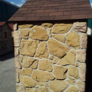 Rivestimenti in pietra per interni ed esterni live stone for Mattoni finti per interni
